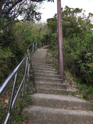 千葉県のラピュタ!鋸山、きつい階段