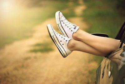 健康のためにスニーカーを履こう
