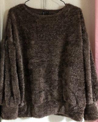 ロマンスタイプのプルオーバー、セーター