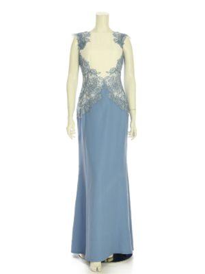 華やかなロマンスタイプのゲストドレス