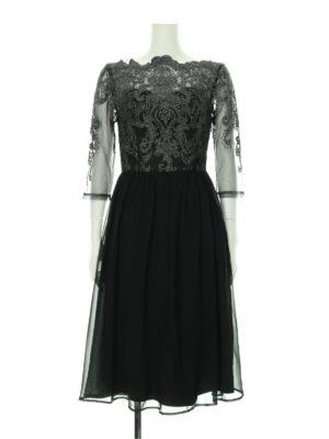 ロマンスタイプでウェーブのドレス