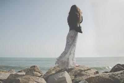 ロマンスタイプの普段着ドレス