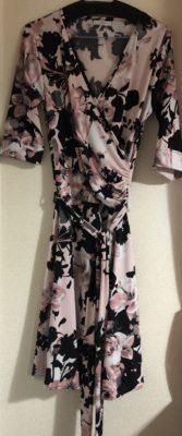 水彩バラ柄のドレス