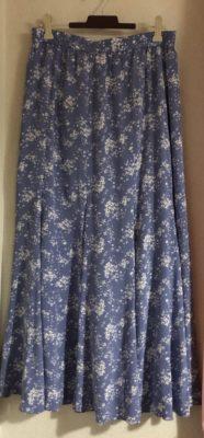 ユニクロのスカート、ロマンスタイプ