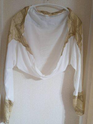 ロマンスタイプの羽織物